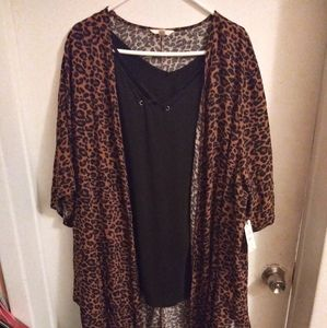 Terra & Sky New leopard Kimono with tank top